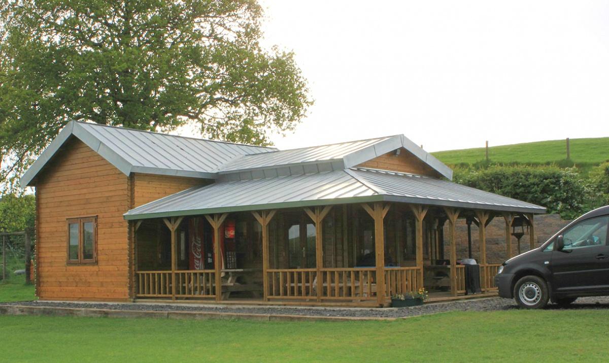 log cabin wf veranda