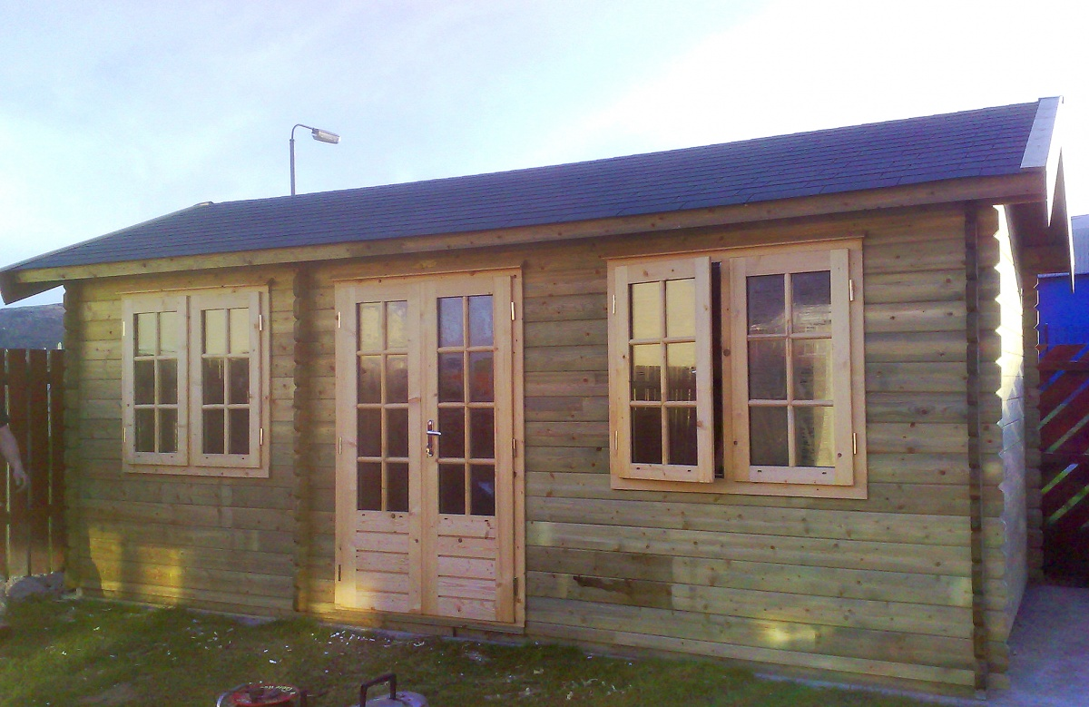 Bespoke home office wildforest log cabins for Home office cabins